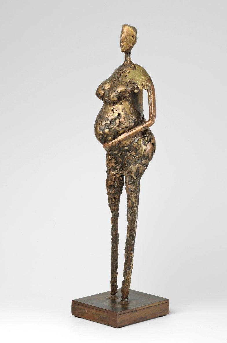 femme avant accouchement en bronze